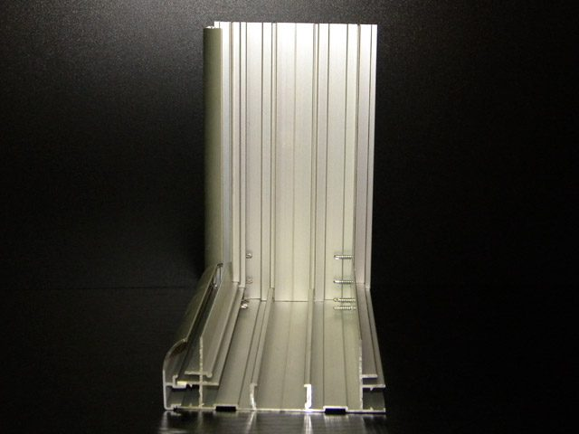 profili-za-svetlece-reklame-mr125e1-01b